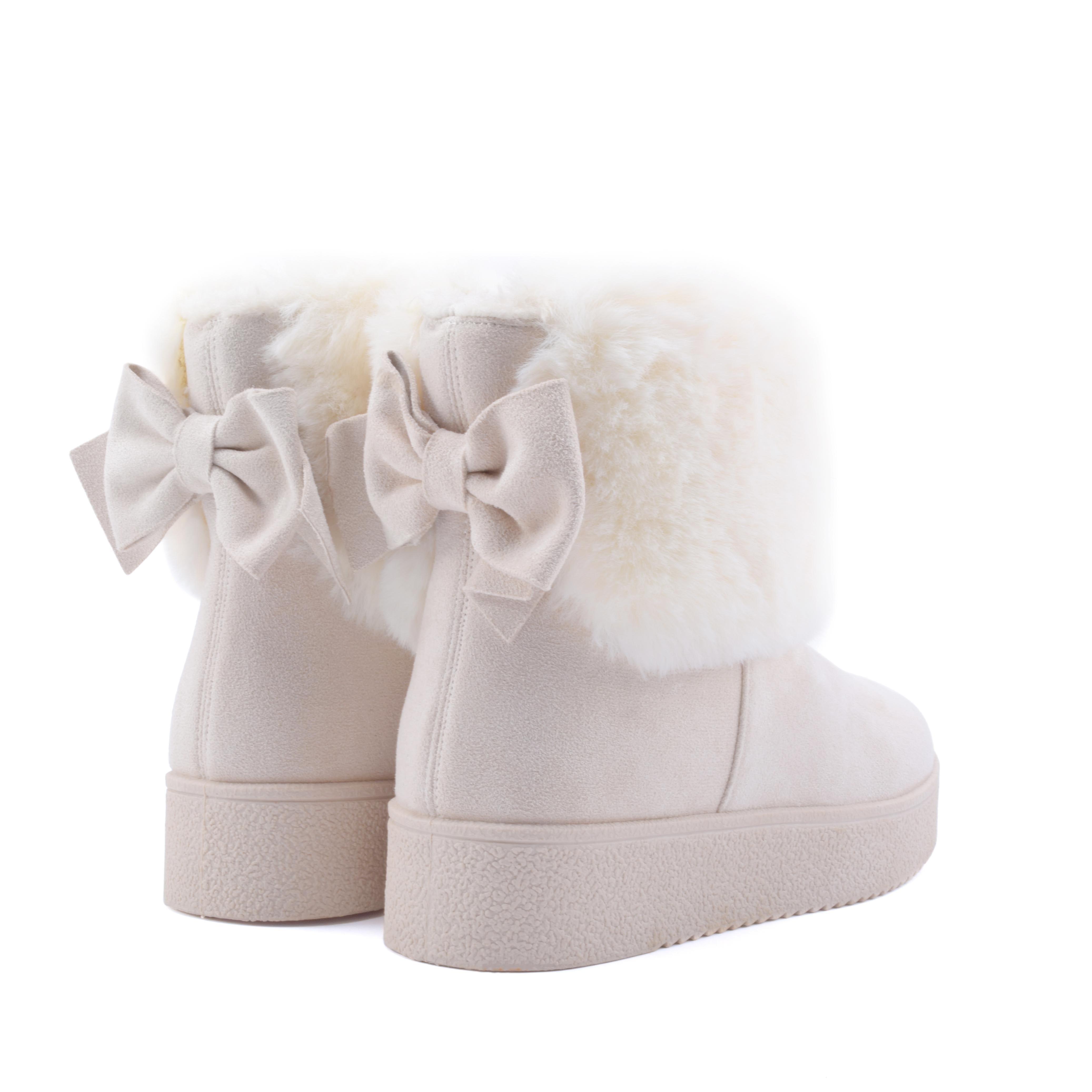 b757c47a1e Telitalpú bézs masnis hótaposó csizma - HÓTAPOSÓK - Női cipő ...