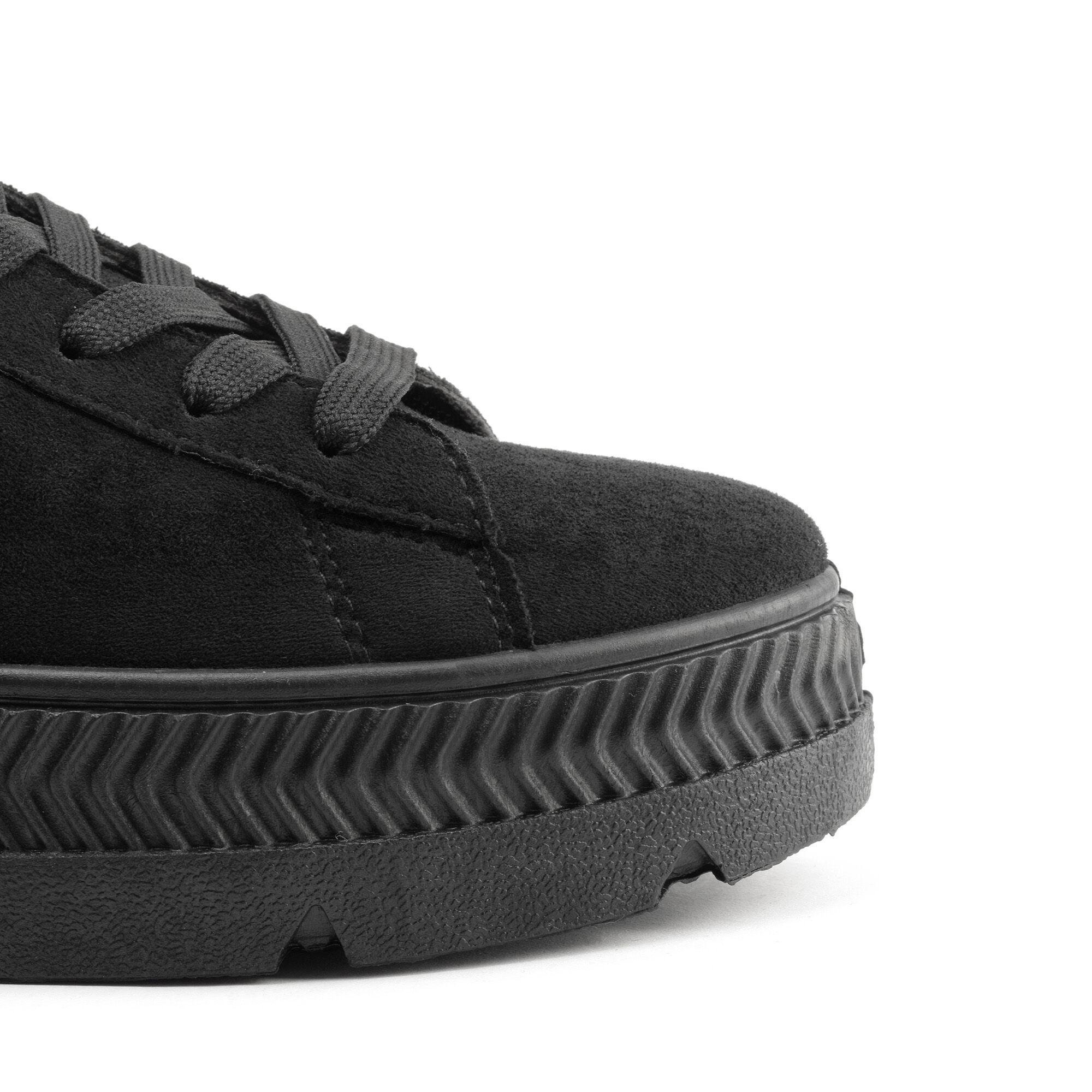f5dafdde70f1 Női művelúr utcai cipő, mindennapi használatra. Kényelmes és megfelelő  tartást biztosít a lábadnak, hogy biztosan bírjad a napot.